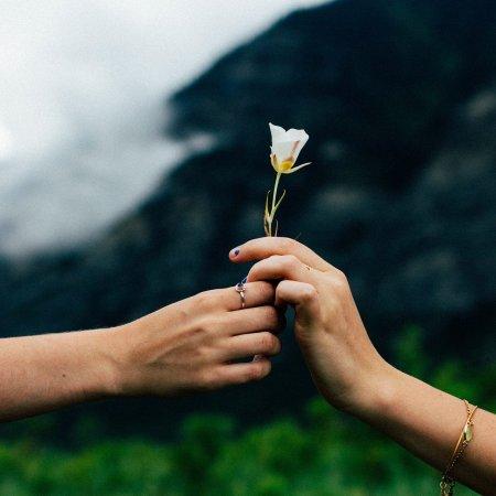 Sina olet itsesi tarkein rakastaja kuinka osoittaa itselleen rakkautta